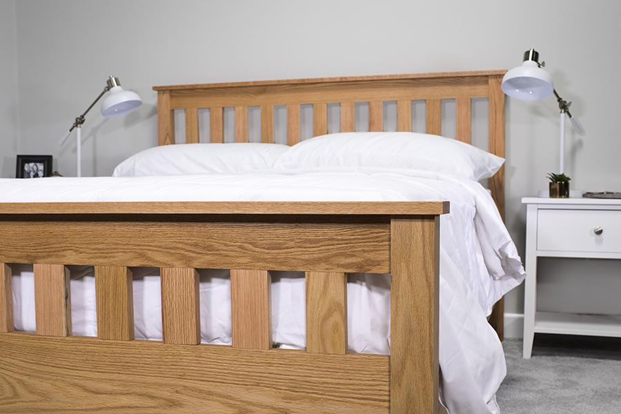 classic-craftsman-style-queen-bed-04
