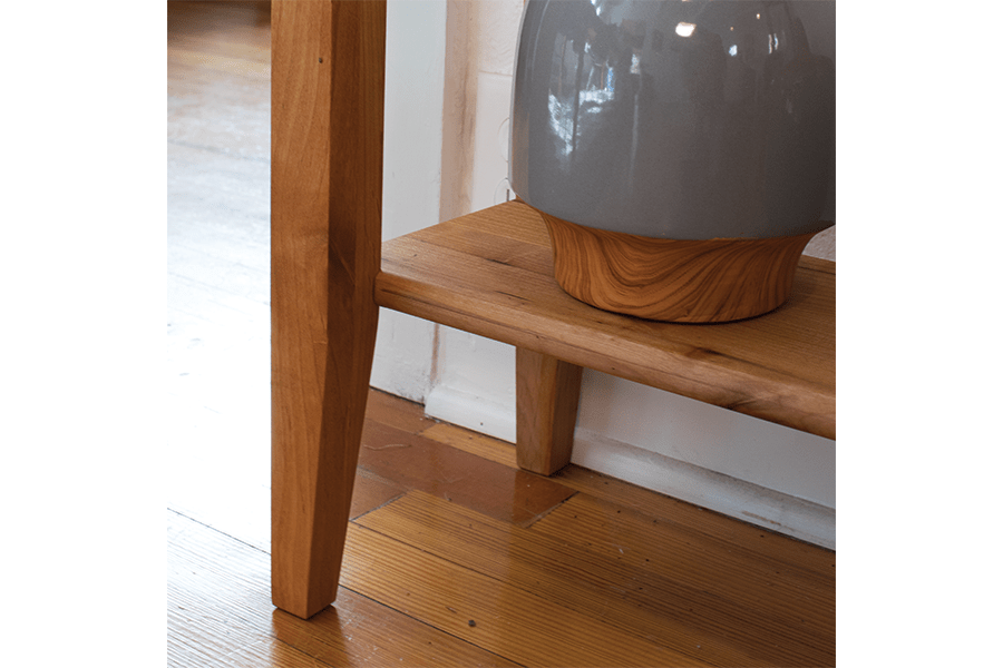 console-table-04