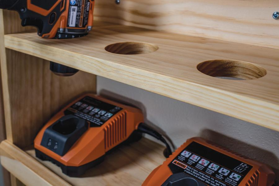 cordless-tool-charging-station-03