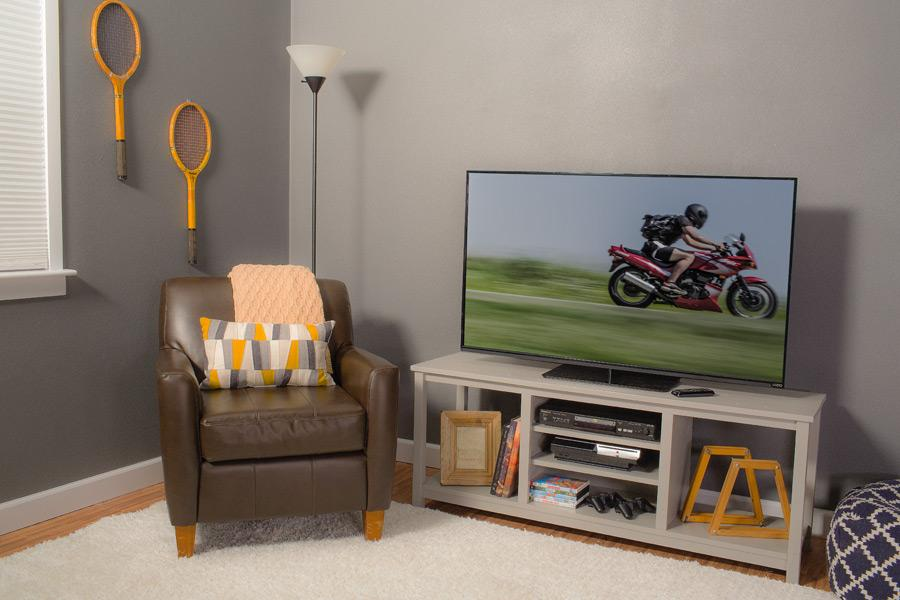 easy-to-build-tv-stand-01