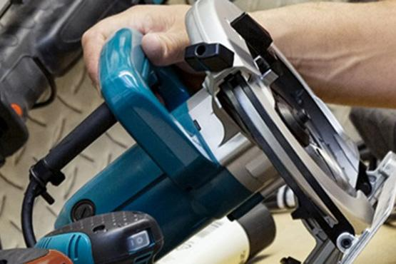 How to select and use a circular saw for DIY projects