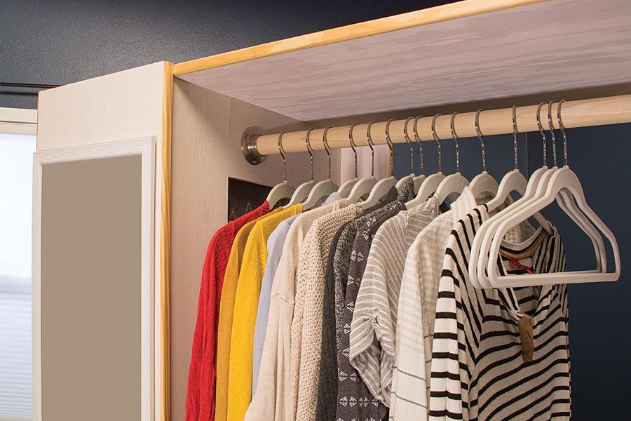 free-standing-closet-pic-3