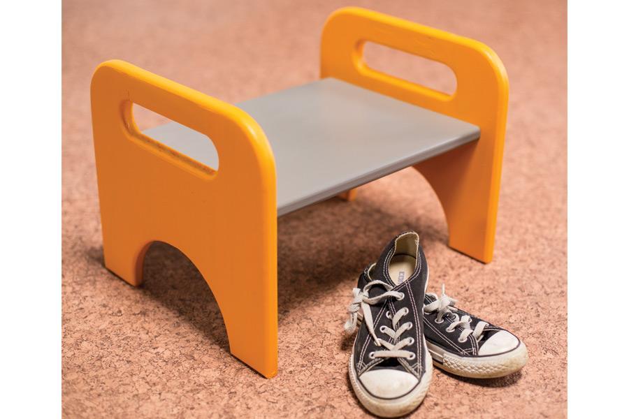 kids-stool-pic-4