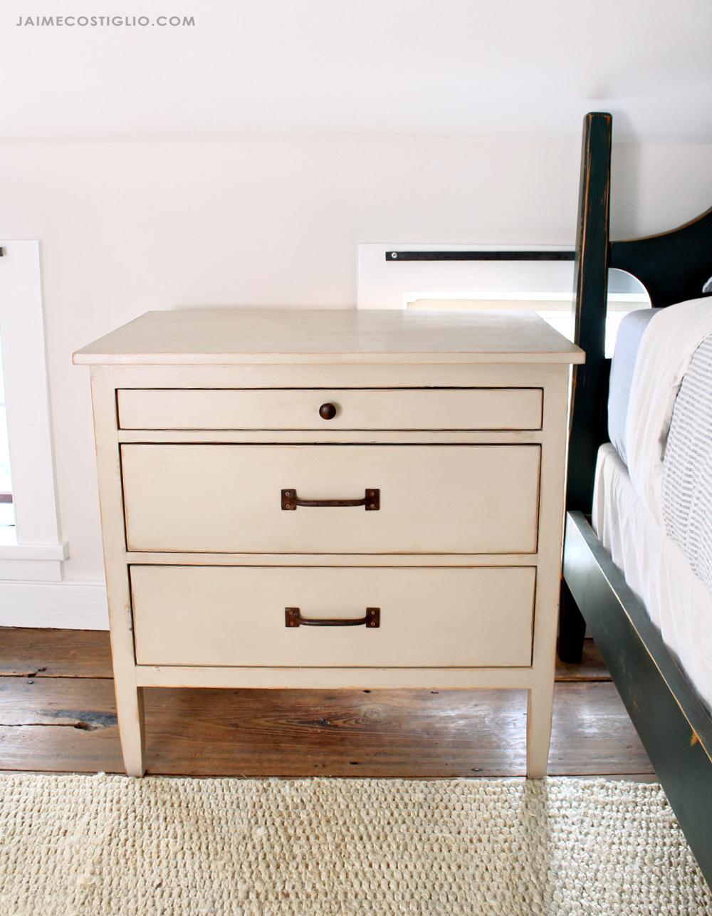 3-drawer-nightstand-1