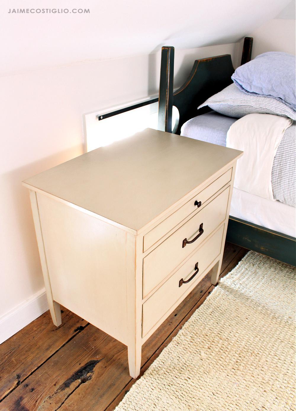 3-drawer-nightstand-5