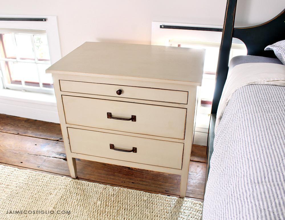 3-drawer-nightstand-9