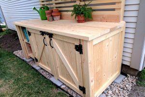 Potting Bench with Hidden Garbage Enclosure