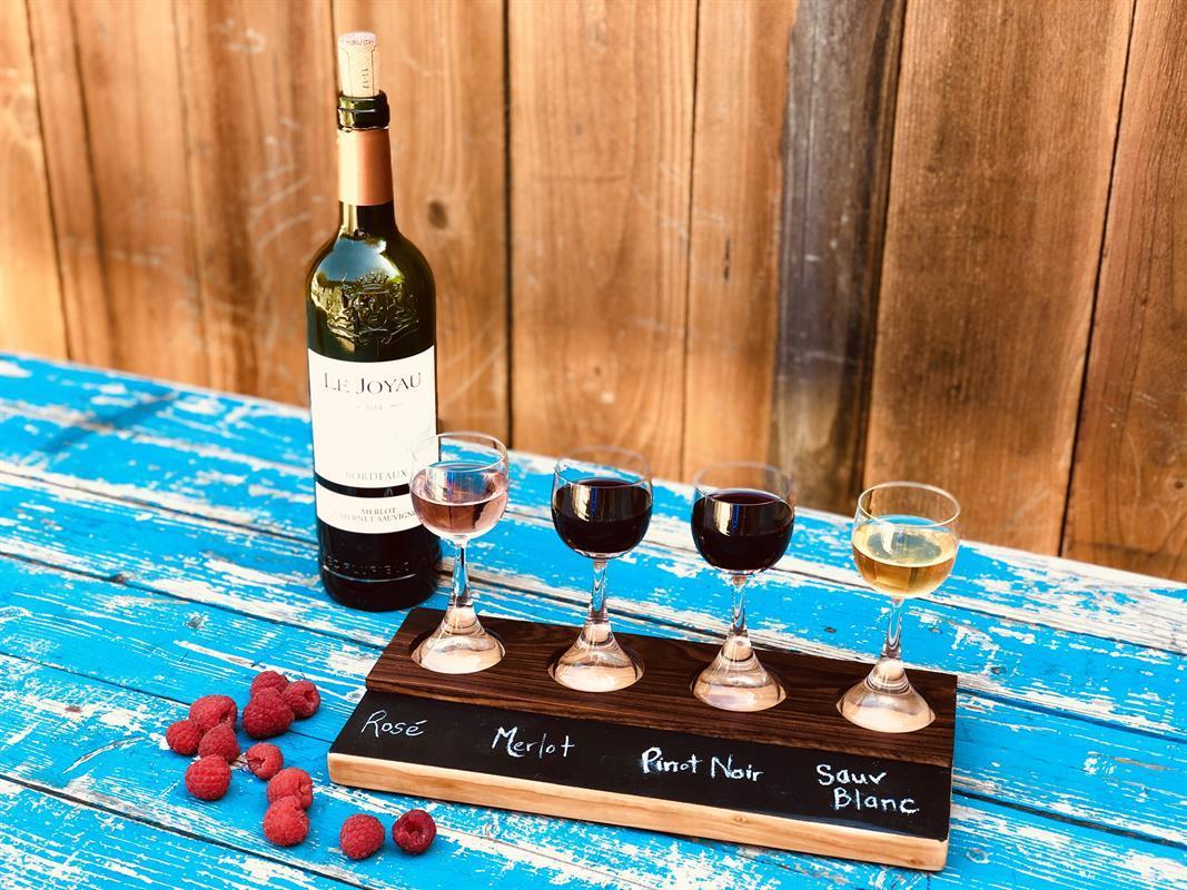 22-wine-flights-with-bottle