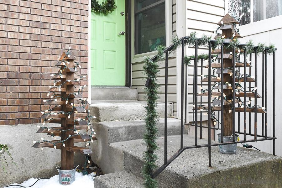 2x4-christmas-trees-buildsomething-2