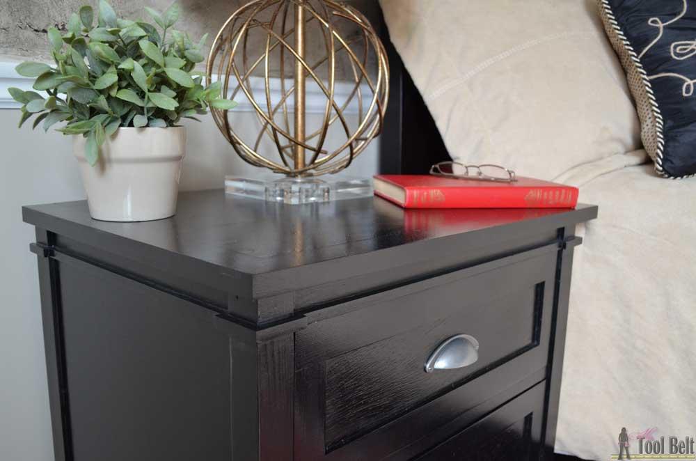3-drawer-nightstand-upclose-trim