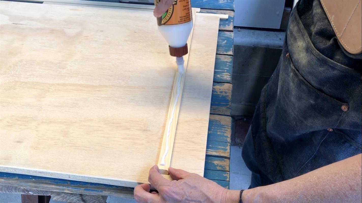 6c-glue-top-moulding-piece
