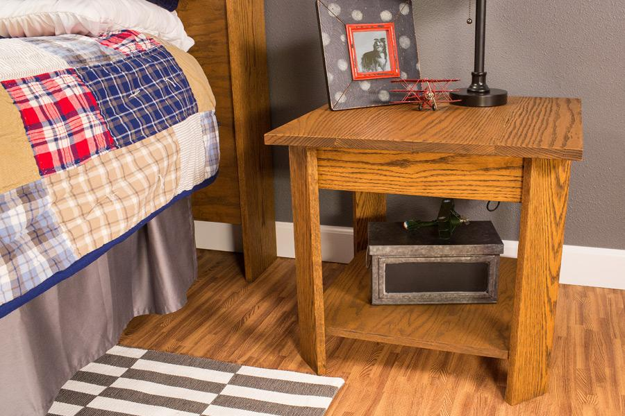 bedside-table-pic-3