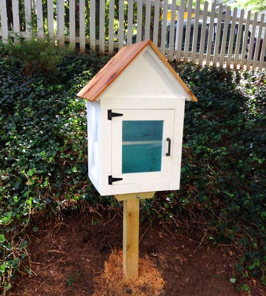 candlewood-little-library-final