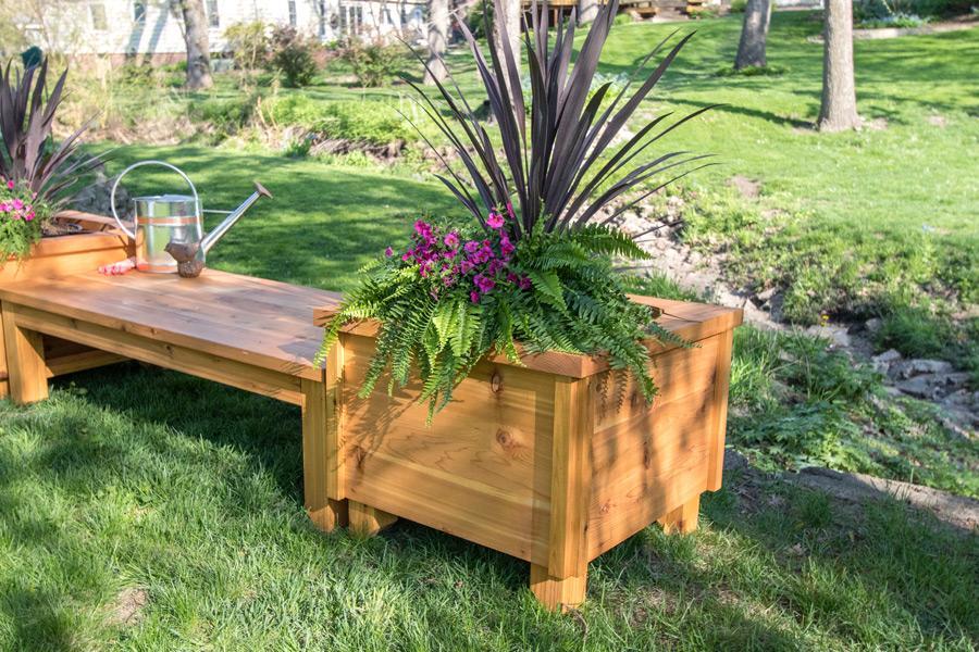 cedar-planter-box-pic-3