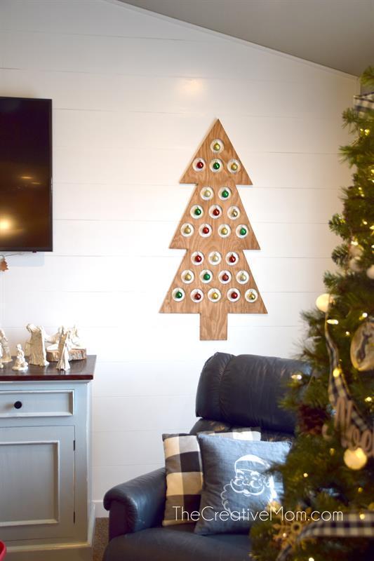 christmas-tree-wooden