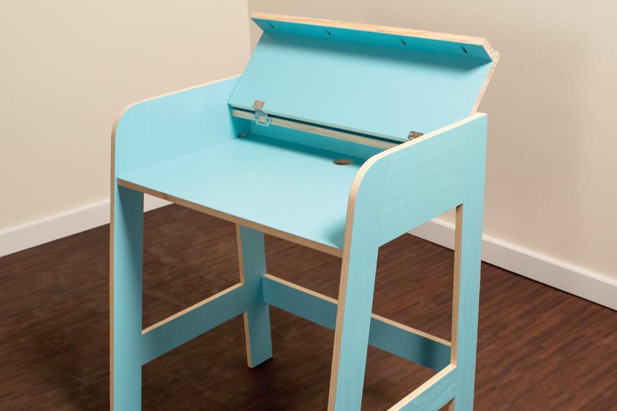 compact-desk-pic-4-2