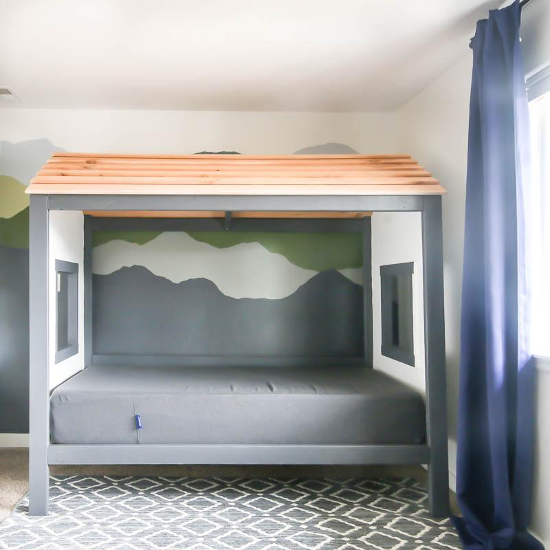 diy-cabin-bed-for-toddler-boy
