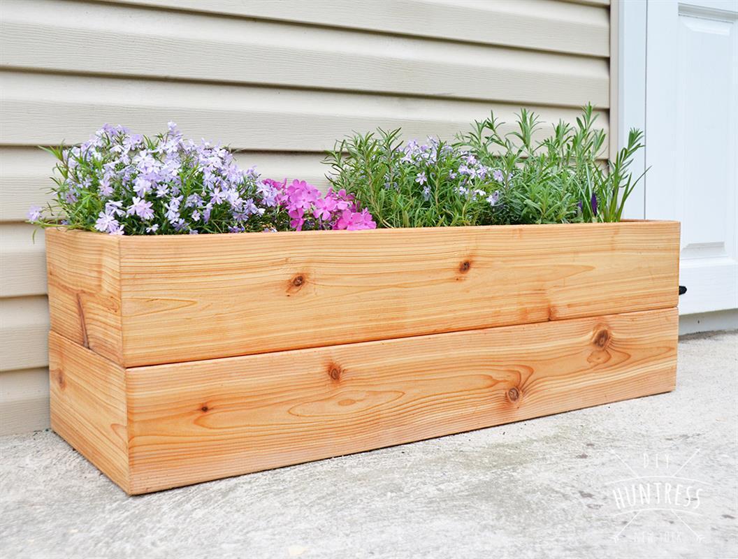 diy_modern_cedar_planter-2