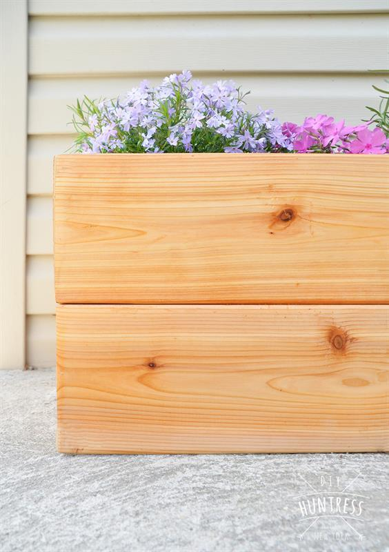 diy_modern_cedar_planter