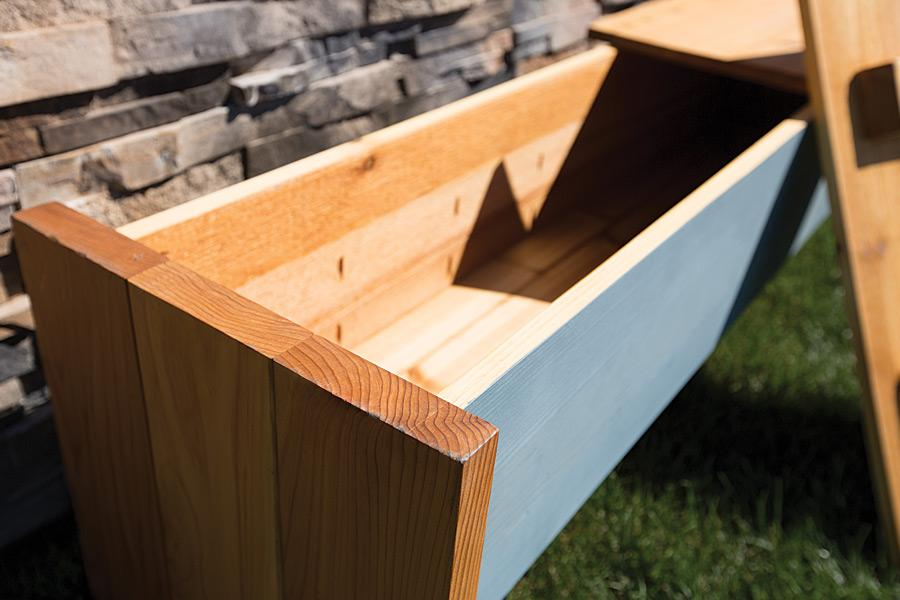 deck-storage-box-pic-2