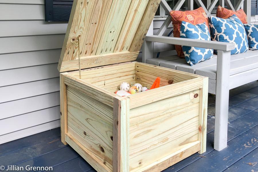 deck-box-storage-side-table-17