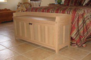 Craftsman Style Storage Bench