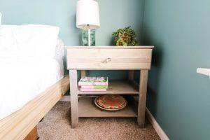 Simple Nightstand with Drawer