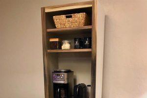 Coffee Bar/Hutch