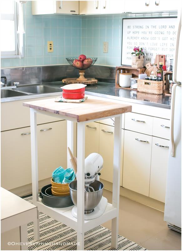 kitchen-island-sign-via-oheverythinghandmade