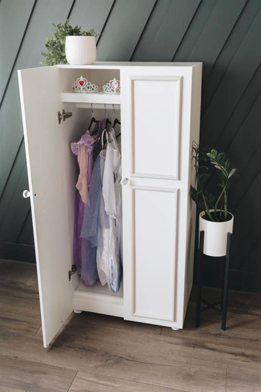 kreg-dressup-wardrobe-27