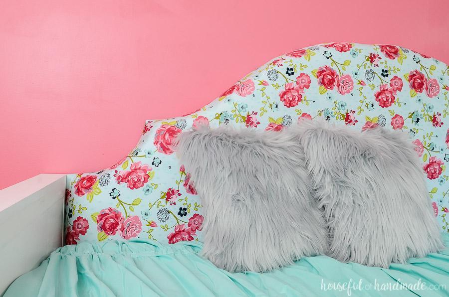 kreg-upholstered-daybed-3