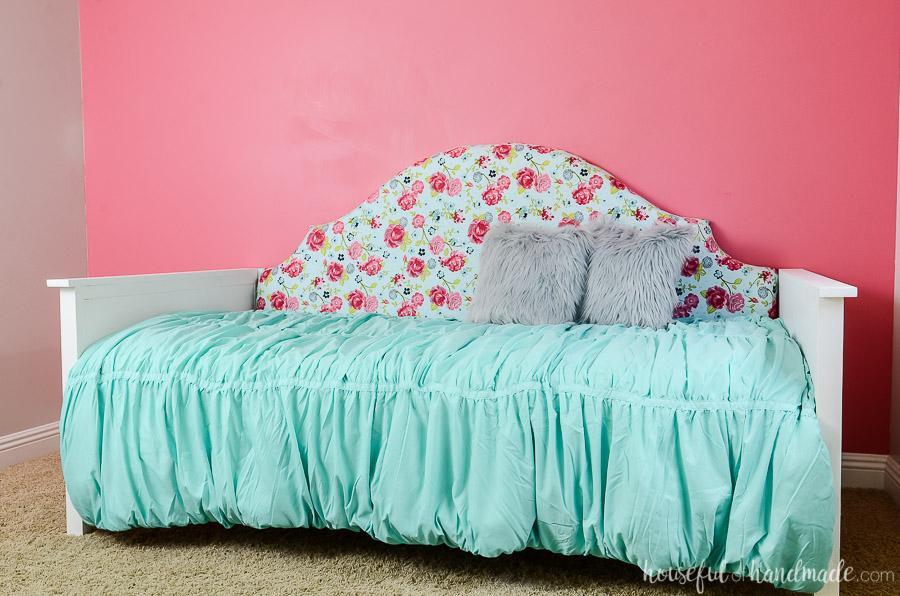 kreg-upholstered-daybed-4
