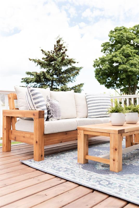 outdoor-furniture-3812