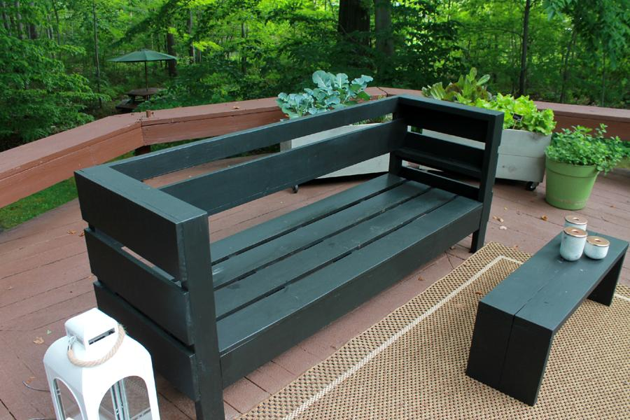 outdoor-furniture-bench-coffee-table