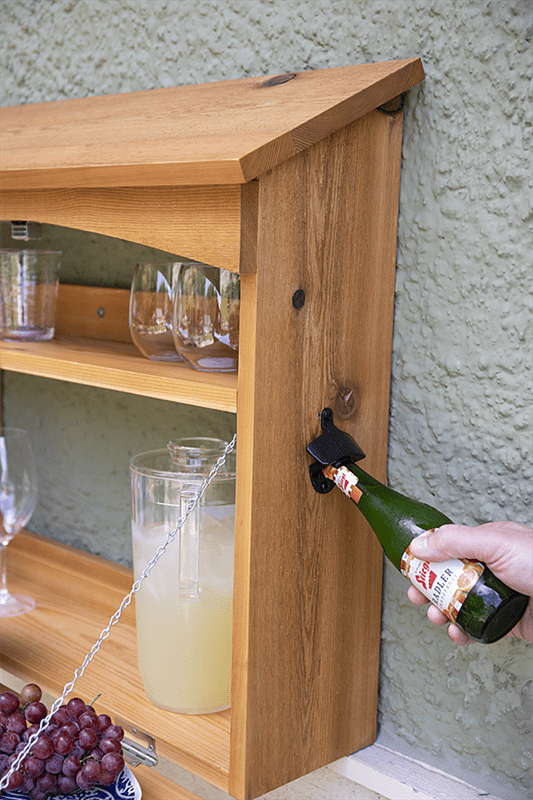 outdoor-wall-bar-server-pic-3