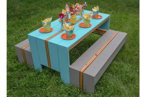 Cool Kids' Picnic Table