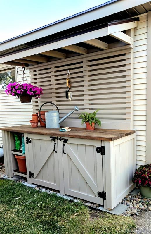potting-bench-painted-with-wagner-flexio-and-sherwin-williams-perfect-greige-reality-daydream