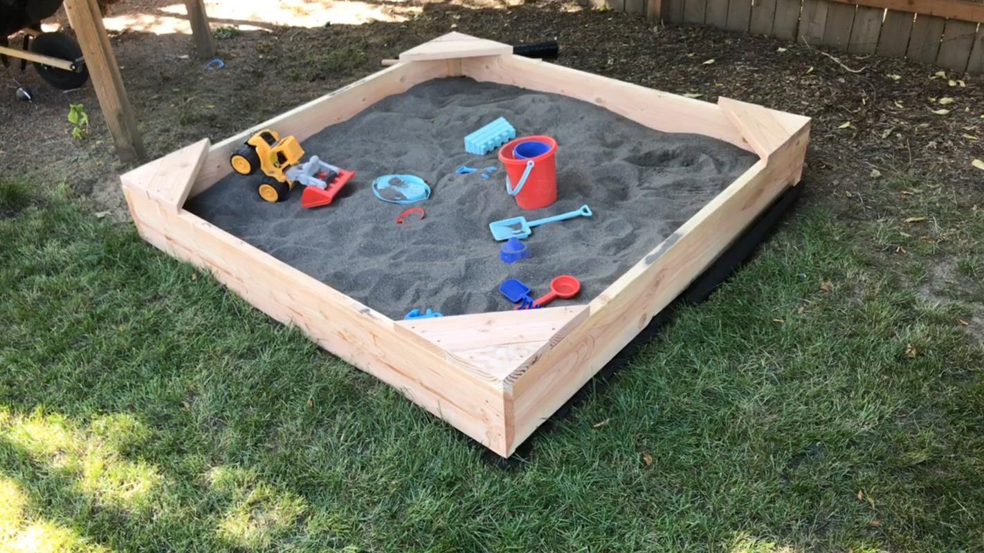 sandbox-build