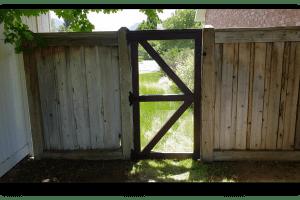 Simple Fence Gate – Hardware Cloth & Shou Sugi Ban