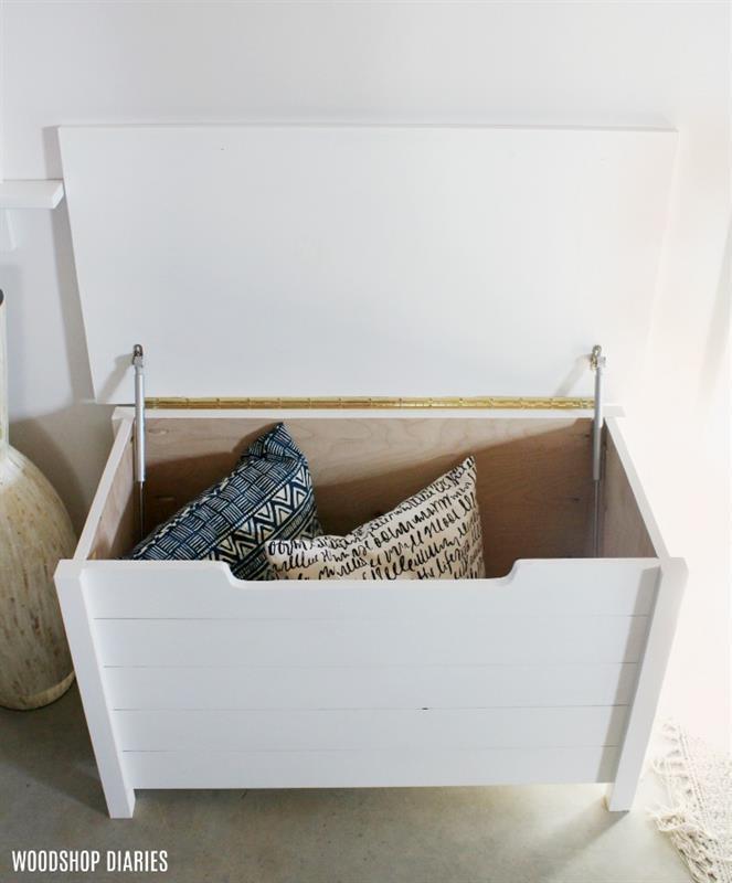 simple-diy-toy-box-open
