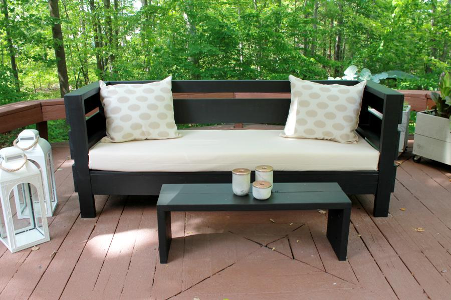 stunning-diy-outdoor-couch