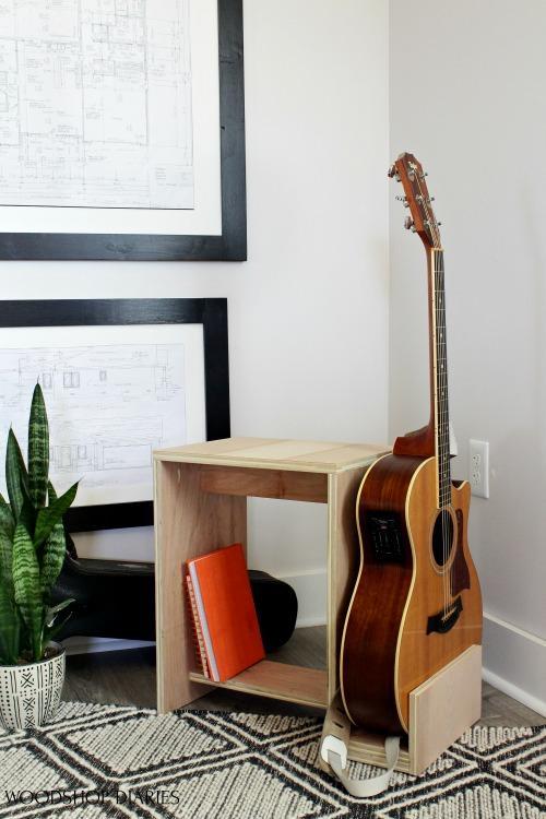 vertical-diy-guitar-stand-stool-small