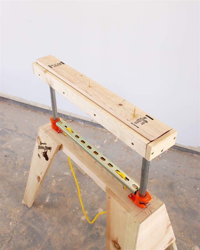 adjustable-sawhorse-rollers-slides-2