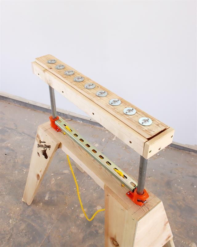 adjustable-sawhorse-rollers-slides-3