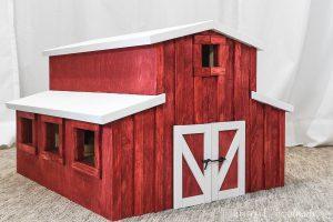 Barn Dollhouse