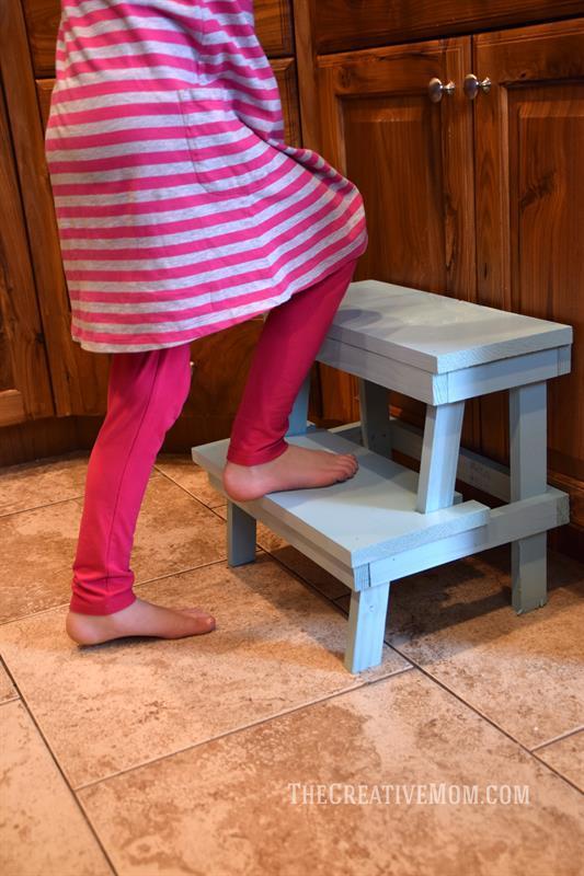 build-step-stool
