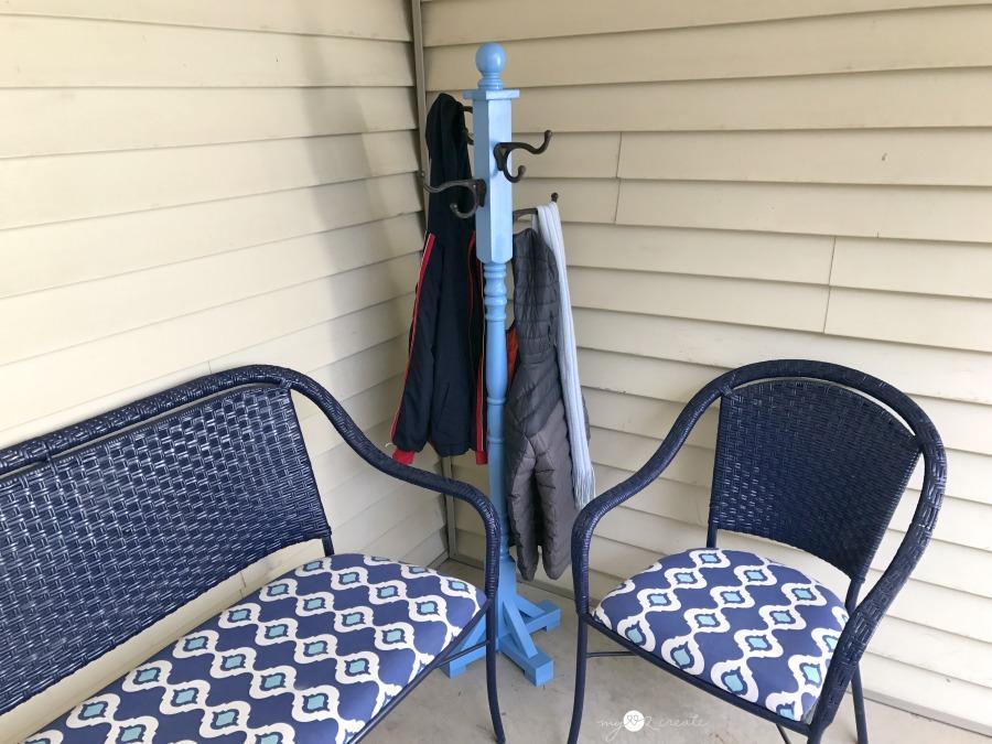 coat-rack-between-chairs-mylove2create