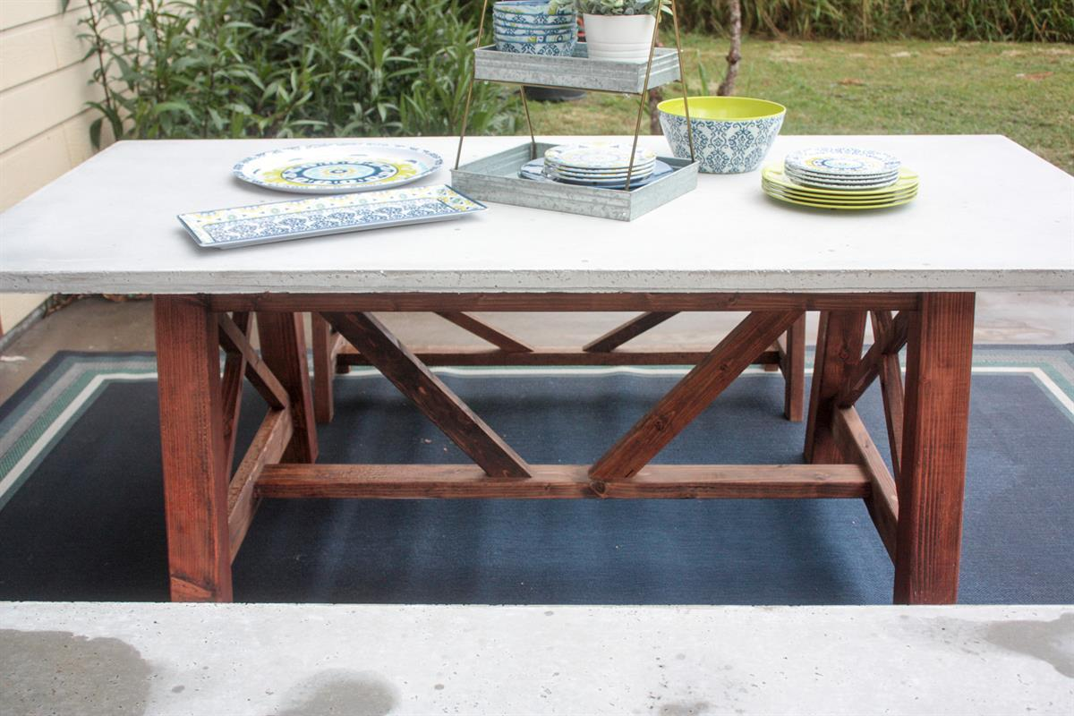 concrete-dining-table2-1-of-1
