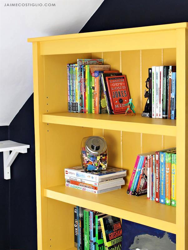 cottage-bookshelf-9