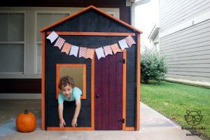 Knock-down Kids Haunted Playhouse